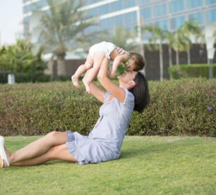 Mother Daughter Family Park Child Love Nature